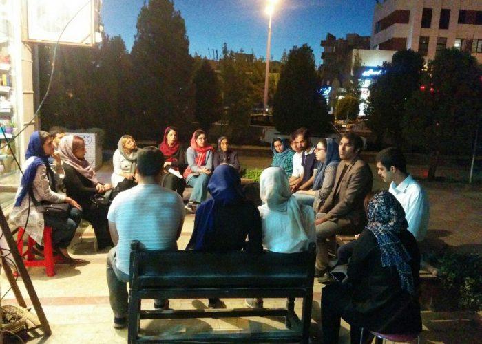 جلسه نقد و بررسی رمان سال بلوا از عباس معروفی در کتابفروشی طاقچه